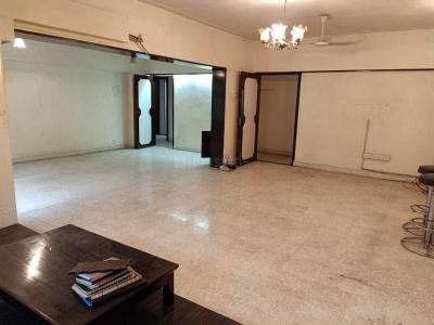 Gallery Cover Image of 1100 Sq.ft 3 BHK Apartment for rent in Bandra West for 130000