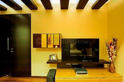 Gallery Cover Image of 620 Sq.ft 2 BHK Apartment for buy in Sewri for 18500000