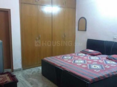 Bedroom Image of Sunita Ahuja PG in Kalkaji