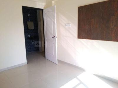 Gallery Cover Image of 890 Sq.ft 2 BHK Apartment for rent in Arihant Arham, Koproli for 8000