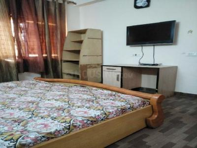 Gallery Cover Image of 1400 Sq.ft 2 BHK Apartment for rent in Sector 56 for 22000
