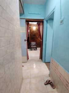 Gallery Cover Image of 575 Sq.ft 1 BHK Apartment for rent in Mahudi Darshan Apartments, Kandivali East for 20000