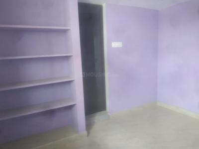 Gallery Cover Image of 650 Sq.ft 2 BHK Independent Floor for rent in Mangadu for 7500