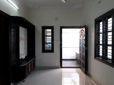Gallery Cover Image of 800 Sq.ft 2 BHK Independent Floor for rent in Lal Bahadur Shastri Nagar for 15000