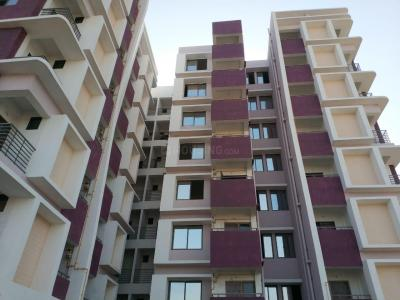Gallery Cover Image of 1152 Sq.ft 2 BHK Apartment for rent in Chandkheda for 12000