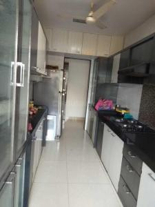 Gallery Cover Image of 685 Sq.ft 1 BHK Apartment for buy in Kandivali West for 11800000