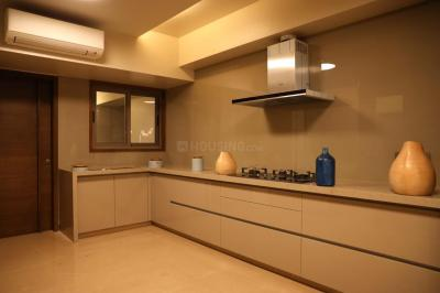 Gallery Cover Image of 1500 Sq.ft 3 BHK Apartment for buy in Popular Someshwara Park, Thaltej for 15000000
