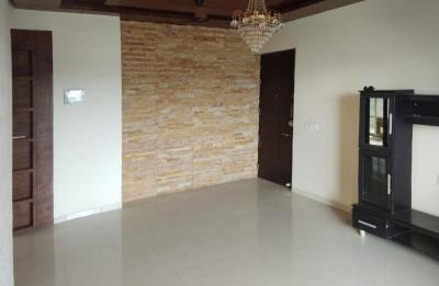 Gallery Cover Image of 1550 Sq.ft 3 BHK Apartment for rent in Mohammed Wadi for 28000