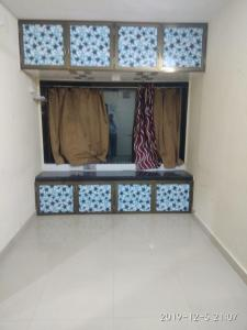 Gallery Cover Image of 510 Sq.ft 1 BHK Apartment for rent in Worli for 25000