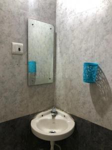 Bathroom Image of Choudhary Enterprises in Powai
