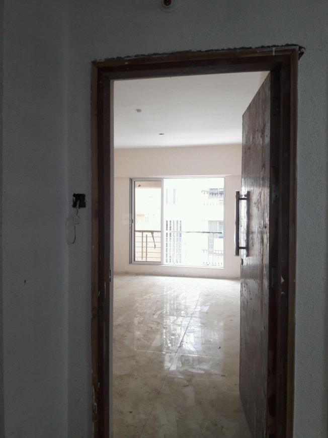 Main Entrance Image of 1080 Sq.ft 2 BHK Apartment for buy in Kandivali West for 14500000