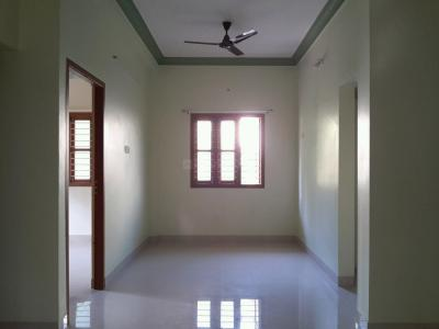 Gallery Cover Image of 1000 Sq.ft 3 BHK Apartment for buy in Kolathur for 7500000