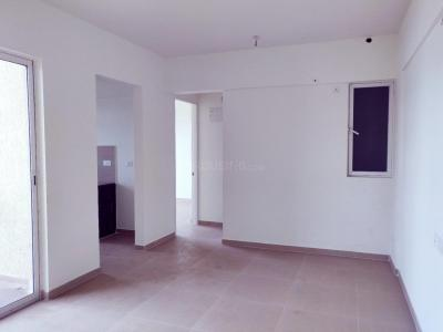 Gallery Cover Image of 731 Sq.ft 1 BHK Apartment for buy in Indiabulls Golf City, Tambati for 4500000