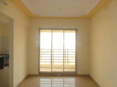 Gallery Cover Image of 805 Sq.ft 2 BHK Apartment for rent in Badlapur East for 5000