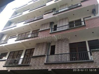 Gallery Cover Image of 850 Sq.ft 2 BHK Apartment for buy in Govindpuram for 1783666