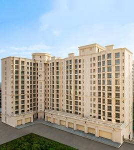 Gallery Cover Image of 552 Sq.ft 1 BHK Apartment for buy in Orovia Phase 1, Thane West for 6900000