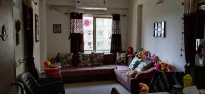 Gallery Cover Image of 1100 Sq.ft 1 BHK Apartment for rent in Shela for 17000