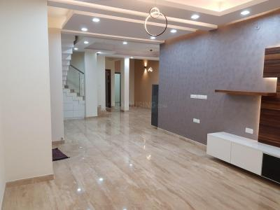 Gallery Cover Image of 3186 Sq.ft 3 BHK Villa for rent in Doddakannelli for 40000