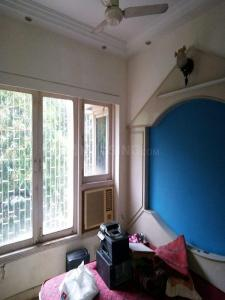 Gallery Cover Image of 630 Sq.ft 1 RK Apartment for rent in Andheri West for 30000