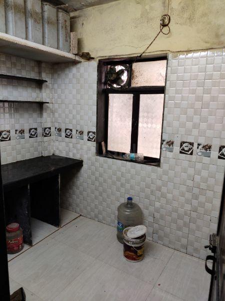 Kitchen Image of 350 Sq.ft 1 RK Apartment for rent in Bhayandar East for 7500