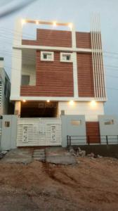 Gallery Cover Image of 2600 Sq.ft 3 BHK Independent House for buy in B N Reddy Nagar for 13000000