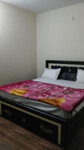 Bedroom Image of PG 7552173 Dwarka Mor in Dwarka Mor