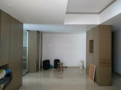 Gallery Cover Image of 1600 Sq.ft 4 BHK Apartment for rent in Bandra East for 360000