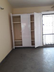 Gallery Cover Image of 350 Sq.ft 1 RK Independent Floor for rent in Swasthya Vihar for 9500