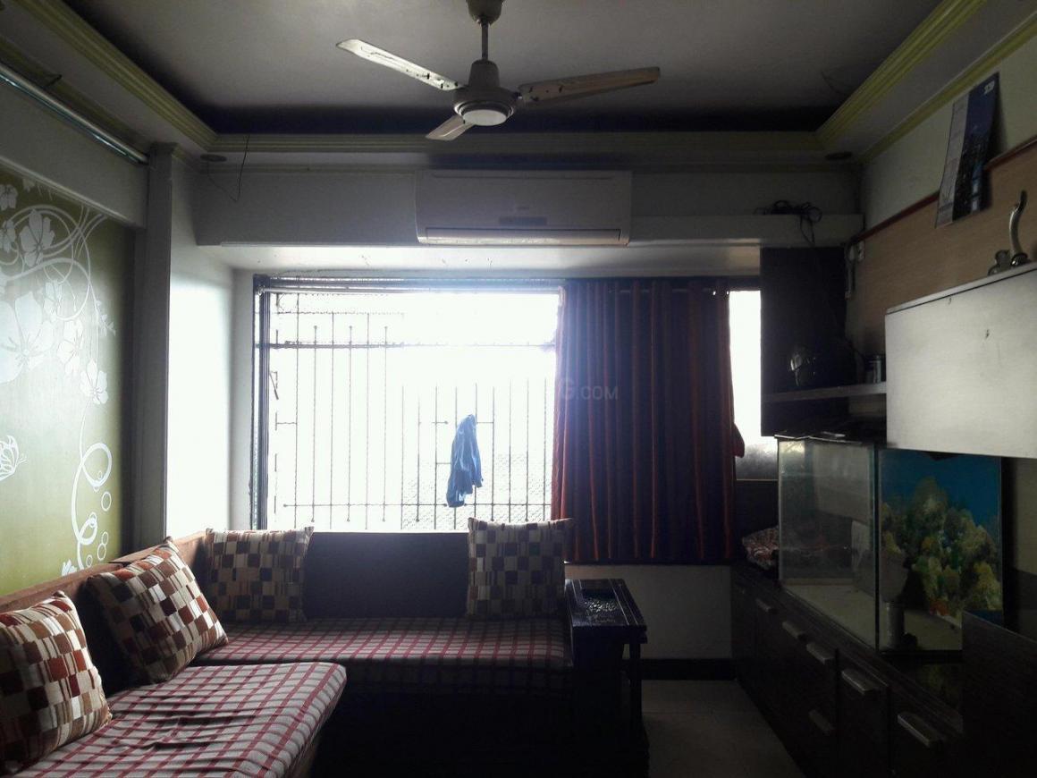 Living Room Image of 850 Sq.ft 2 BHK Apartment for rent in Ghatkopar West for 46000