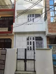 Gallery Cover Image of 600 Sq.ft 3 BHK Independent House for rent in Sector 8 Rohini for 15000