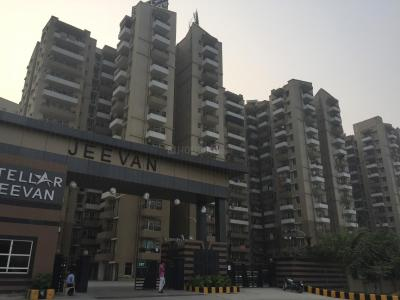 Gallery Cover Image of 1027 Sq.ft 2 BHK Apartment for rent in Noida Extension for 10000