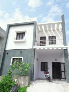 Gallery Cover Image of 2015 Sq.ft 3 BHK Independent House for rent in Peerzadiguda for 11000