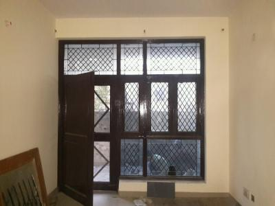 Gallery Cover Image of 1280 Sq.ft 2 BHK Independent House for rent in Sector 53 for 15000