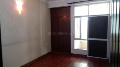 Gallery Cover Image of 1150 Sq.ft 2 BHK Apartment for rent in Amrapali Village Phase 2, Kala Patthar for 12000