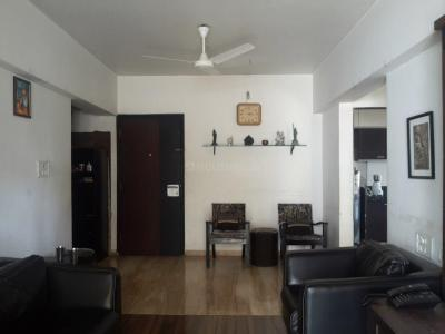 Gallery Cover Image of 1200 Sq.ft 2 BHK Apartment for rent in Khar West for 90000