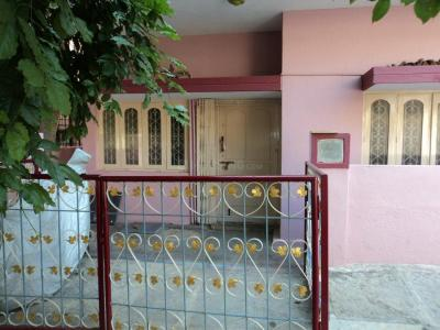 Gallery Cover Image of 1200 Sq.ft 2 BHK Independent House for rent in Nayandahalli for 17000