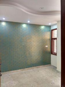 Gallery Cover Image of 500 Sq.ft 1 BHK Independent Floor for buy in Dwarka Mor for 1800000