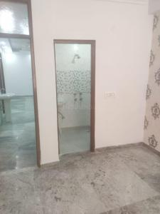 Gallery Cover Image of 1000 Sq.ft 3 BHK Apartment for buy in Jamia Nagar for 4500000