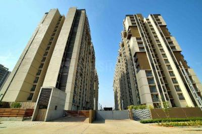 Gallery Cover Image of 1140 Sq.ft 2 BHK Apartment for buy in Shela for 4500000