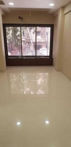 Gallery Cover Image of 600 Sq.ft 2 BHK Apartment for rent in Bandra West for 80000