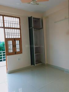 Gallery Cover Image of 710 Sq.ft 2 BHK Apartment for buy in Shree Shyam Vatika, DLF Ankur Vihar for 1800000