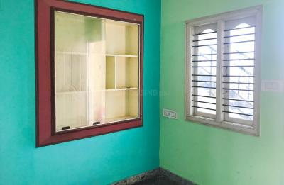 Gallery Cover Image of 1200 Sq.ft 3 BHK Apartment for rent in Tirumanahalli for 30000