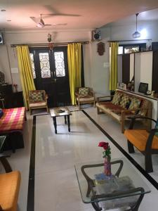 Gallery Cover Image of 2400 Sq.ft 4 BHK Independent House for rent in Karve Nagar for 60000