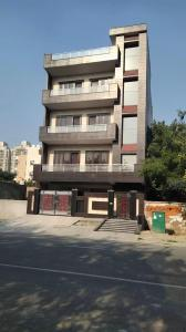 Gallery Cover Image of 6500 Sq.ft 9 BHK Independent House for buy in Sector 105 for 28000000