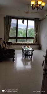 Gallery Cover Image of 576 Sq.ft 1 BHK Apartment for rent in Wadala East for 37000