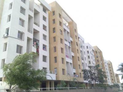 Gallery Cover Image of 1200 Sq.ft 2 BHK Apartment for rent in Hadapsar for 16000
