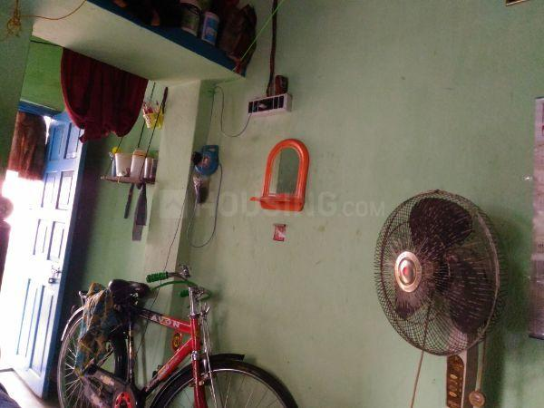 Living Room Image of 510 Sq.ft 1 BHK Independent House for rent in Keshtopur for 9000
