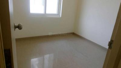 Gallery Cover Image of 620 Sq.ft 2 BHK Apartment for rent in Maraimalai Nagar for 12000