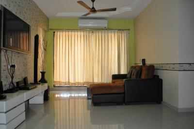 Gallery Cover Image of 1500 Sq.ft 3 BHK Apartment for rent in Goregaon East for 50000