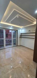 Gallery Cover Image of 2160 Sq.ft 3 BHK Independent Floor for buy in Unitech South City II, Sector 49 for 14000000
